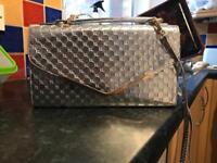 Women's shoulder handbag silver