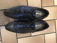 Gents dress shoe