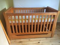 BRAND NEW Darlington Sleigh Cot bed in Antique Pine