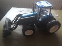 LARGE NEW HOLLAND TRACTOR