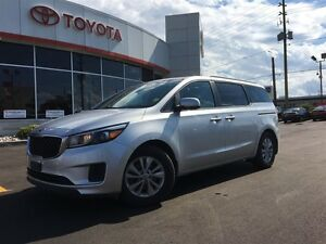2017 Kia Sedona LX, BACKUP CAMERA, HEATED SEATS, BLUETOOTH