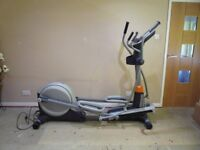 Nordic Track E 11.0 Power Incline Folding Eliptical Cross Trainer.