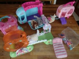 FurReal Friends Furry Frenzies playsets and 5 animals