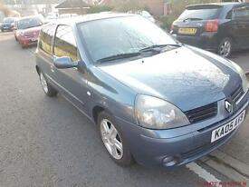 Renault clio 3dr manual Smooth drive Good Condition