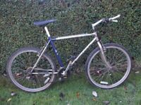 Superb Classic Carrera Instinct Mountain Bike / Tourer / Expedition / Adventure Cycle