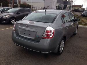 2009 Nissan Sentra 2.0 NO ACCIDENTS! LOW KMS London Ontario image 5