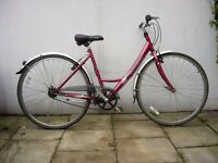 Ladies Dutchie/Commuter/ Town Bike by Raleigh, Burgandy, Good Condition! JUST SERVICED/ CHEAP PRICE!