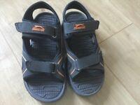 Slazenger sandals size 4