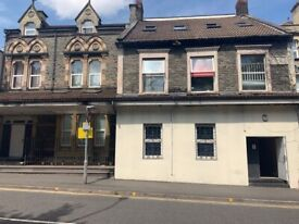 1 bedroom flat available to rent in Kingswood. Off street parking