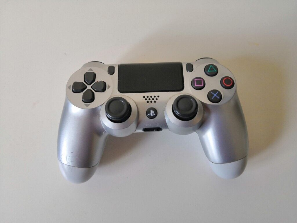 [Silver] DualShock 4 V2 PS4 Wireless Controller | in Bolton, Manchester |  Gumtree