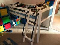 Cabin bed, blue and white