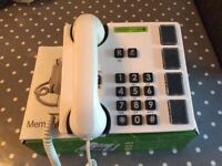 Doro MemoryPlus 319i ph Amplified Photo Phone - as new