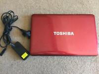 Breaking for SPARES. Toshiba Satellite L750 laptop