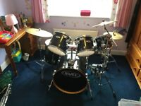 Mapex M Birch 6 piece drum kit + double kick pedal
