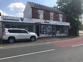 Retail / shop / office space ONE MONTHS RENT FREE with shutters Halesowen Rowley Regis Birmingham