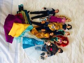 9 Disney Dolls - Excellent condition