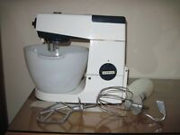 Kenwood Chef Mixer inc Liquidiser,Mincer,Coffee grinder, Bean slicer and instruction book