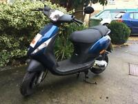 HARDLY USED Piaggio Zip moped 49cc- Blue