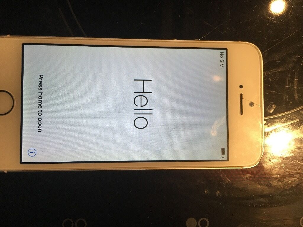 iPhone 5s 16gb white unlockedin Leeds City Centre, West YorkshireGumtree - iPhone 5s 16gb White Unlocked No charger or box can be picked up for cheap Leeds city centre