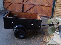 4FT X 30INCHS TRAILER CAN BE STOOD UP FOR STORAGE AS NEW TYRES MADE OF PLY AND STEEL ONLY £70