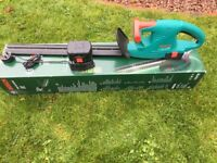 BOSCH AHS 52 ACCU CORDLESS HEDGE TRIMMER CUTTER AND CHARGER 2x 1.5Ah Batteries