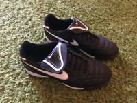 Nike Tiempo football boots size 11 worn once trainers