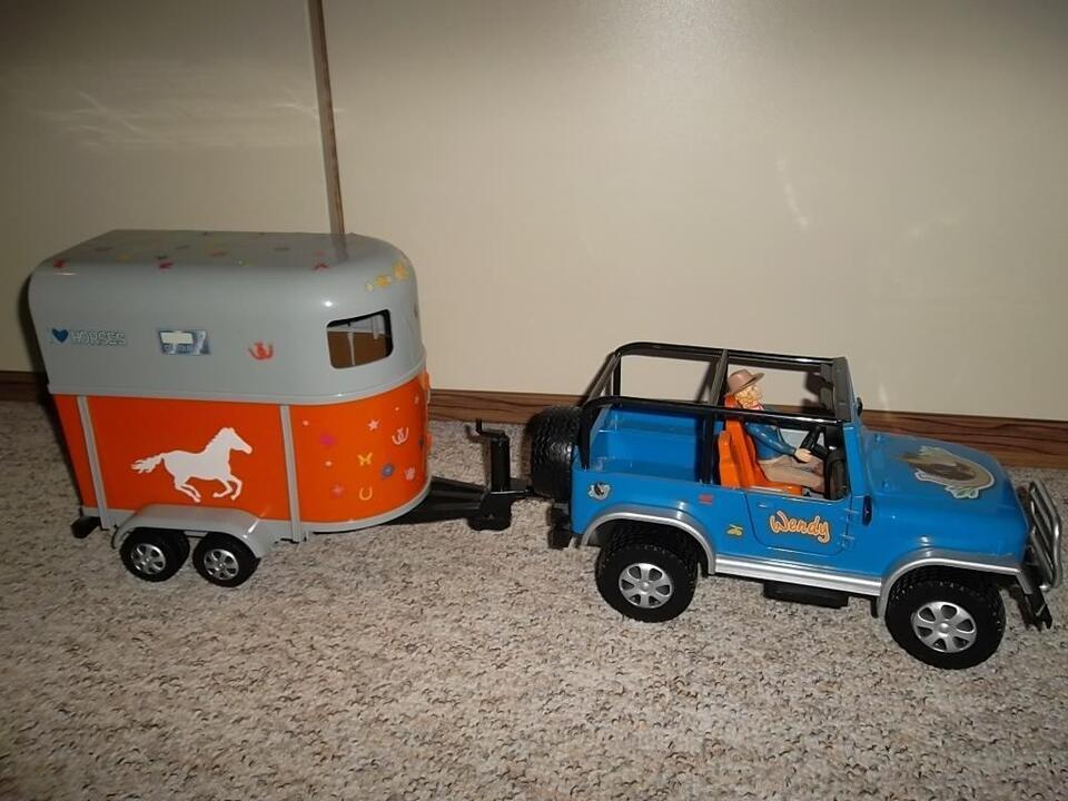 Wendy Jeep mit Pferdeanhänger inklusive Wendy mit Pferd in Frohburg