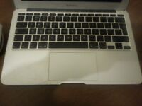 MACBOOK AIR 11 inches / CORE 2 DUO / 4GB / 128GB SSD / (LATE-2010) / SPARES REPAIRS