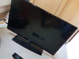 "1 x LG 32"" edge LED flat-screen TV"