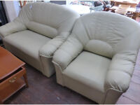 Leather Sofa and Armchair ref 7/32