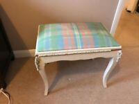 Footrest / Ottoman | free for pick up