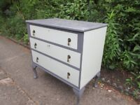 CHEST OF DRAWS 3 DRAWS ALL LOCKABLE NICE CONDITION