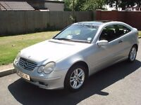 MERCEDES C220 CDI SE COUPE DIESEL AUTO FULL SERVICEHISTORY PANORAMIC SUNROOF LOW MILEAGE PX POSSIBLE