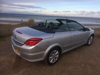 Vauxhall Astra 1.6 Sport Twin Top convertible