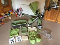 Stokke V3 Xplory buggy and accessories