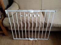 Lindam Baby Stair Safty Gate Adjustable