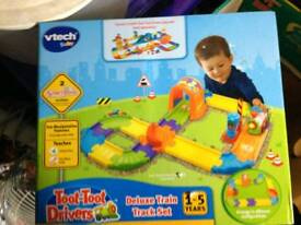 Vtech toot toot train track and track set