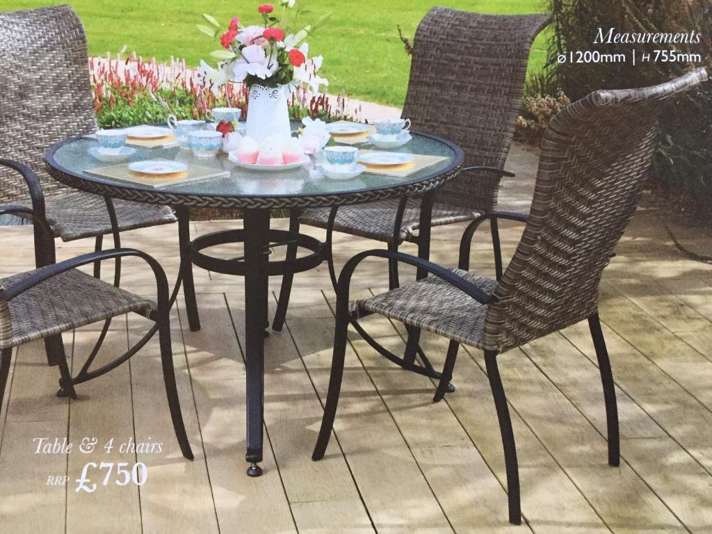 Superieur BRAND NEW Still In Box, 4 Seater Garden Table Furniture Set