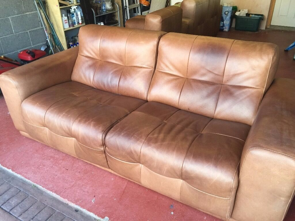 Merveilleux 3 Semi Aniline Leather Incanto Leather Sofas For Sale