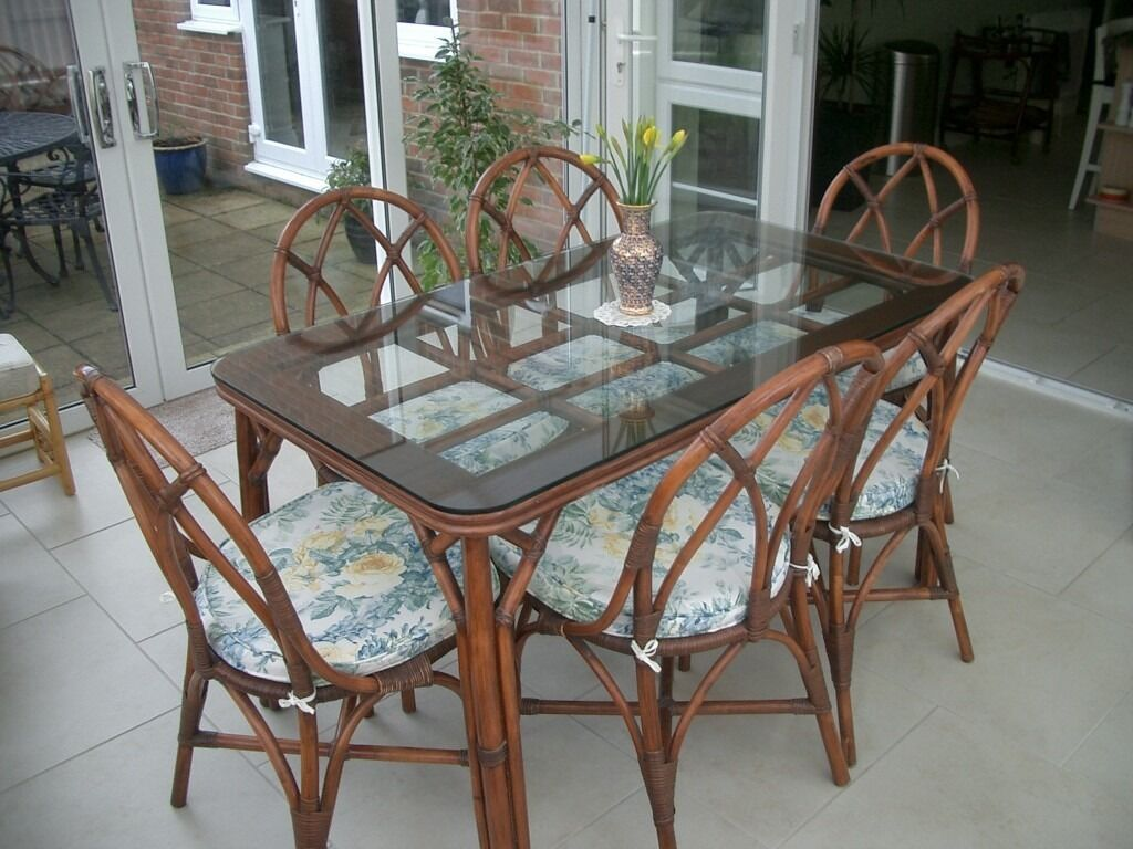 Attirant Glass Top Bamboo Dining Table U0026 Chairs (could Be Re Furbished As Shabby Chic