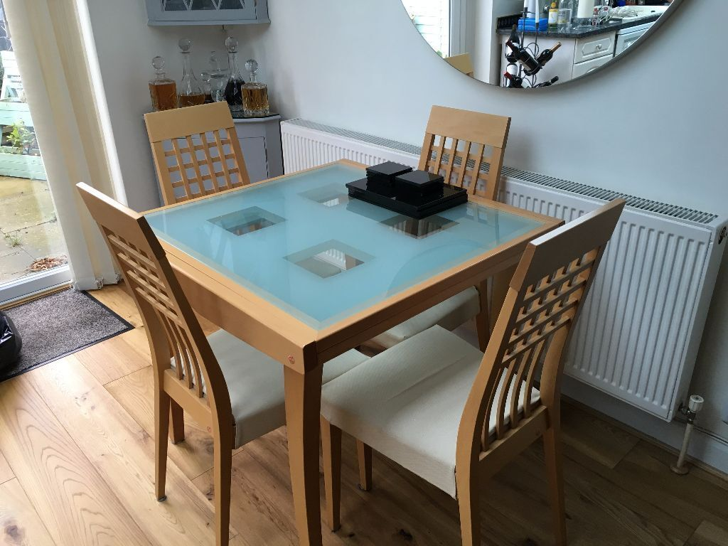 Calligaris Extendable Glass U0026 Beech Dining Table Plus 4 Matching Chairs  With Cream Seats