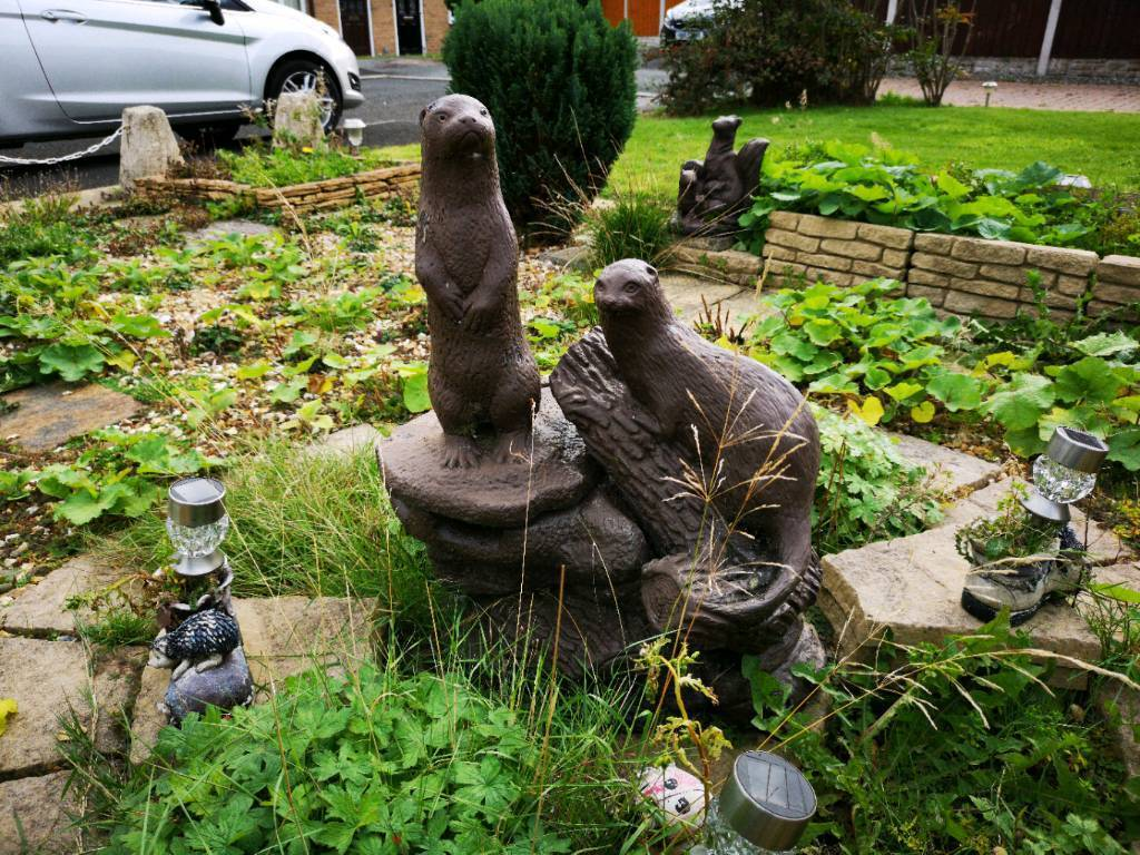 Nice Variety Of Outdoor Garden Figures/statues
