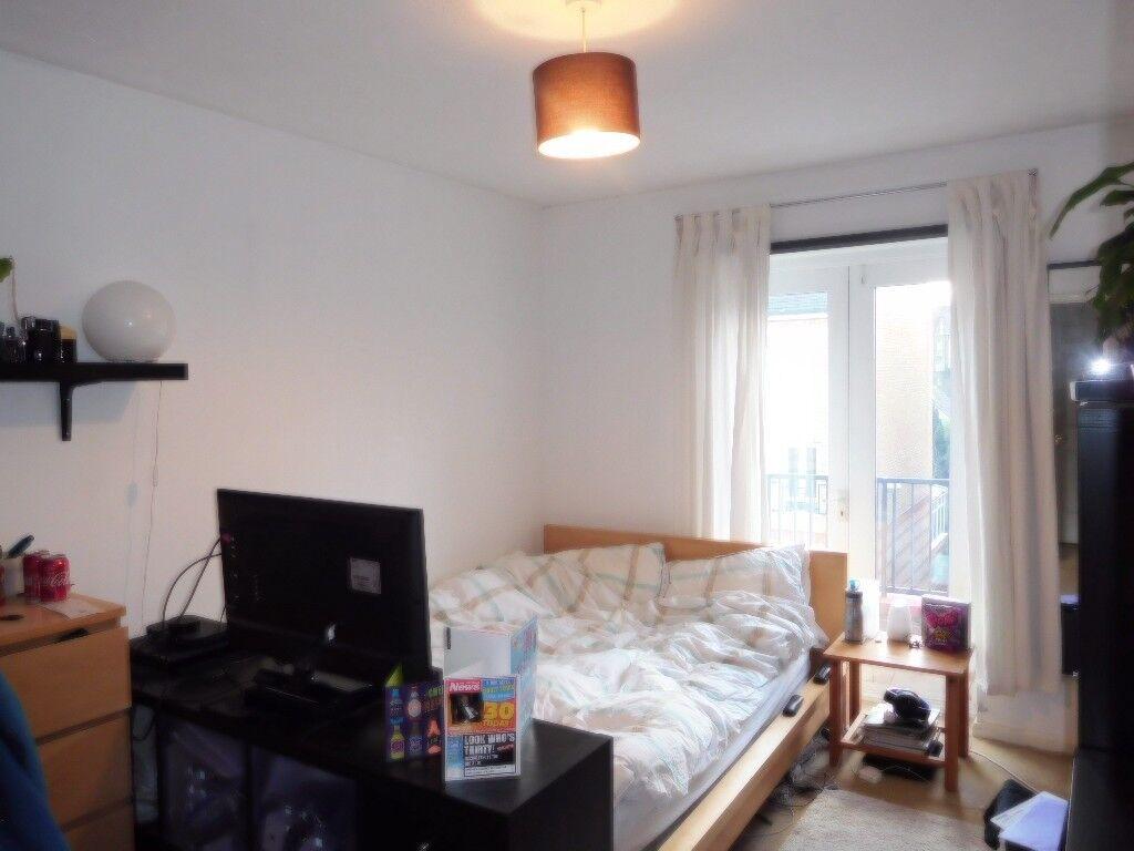 4 Bedroom House, New Carpets, Fresh Paint, 5 Min Walk To Caledonian Road  Station,Large Garden, | In Islington, London | Gumtree