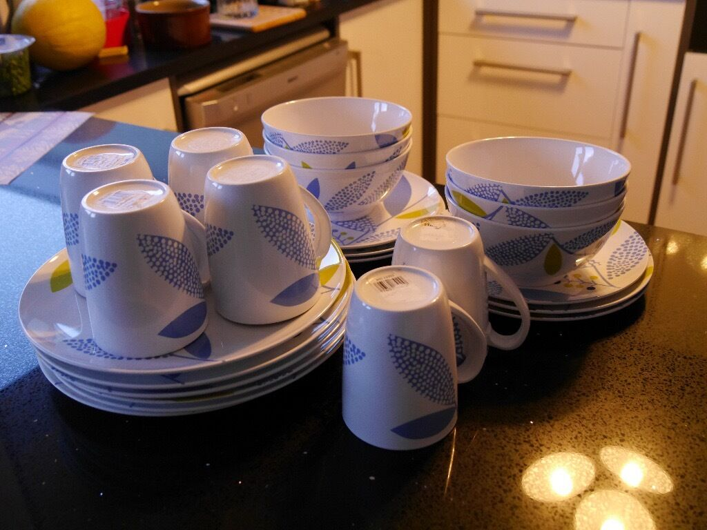 John Lewis Melamine Picnic/Caravan/C&ing Plates Bowls and Mugs. Perfect condition. & John Lewis Melamine Picnic/Caravan/Camping Plates Bowls and Mugs ...