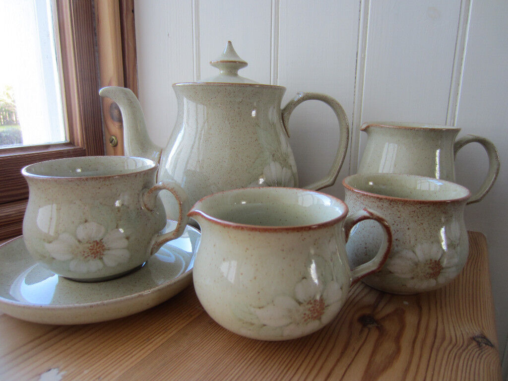 DENBY DAYBREAK CROCKERY OVER 100 PIECES IN TOTAL | in Sleaford Lincolnshire | Gumtree & DENBY DAYBREAK CROCKERY OVER 100 PIECES IN TOTAL | in Sleaford ...