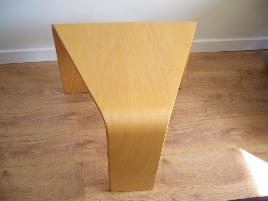 Ekornes Stressless Corner Coffee Side Table; Beech. Ex Condition