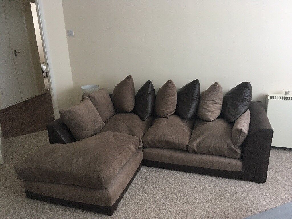 Corner Sofa, Lovely Condition, Smoke Free Home, Minimal Usage, Perfect Little  Sofa
