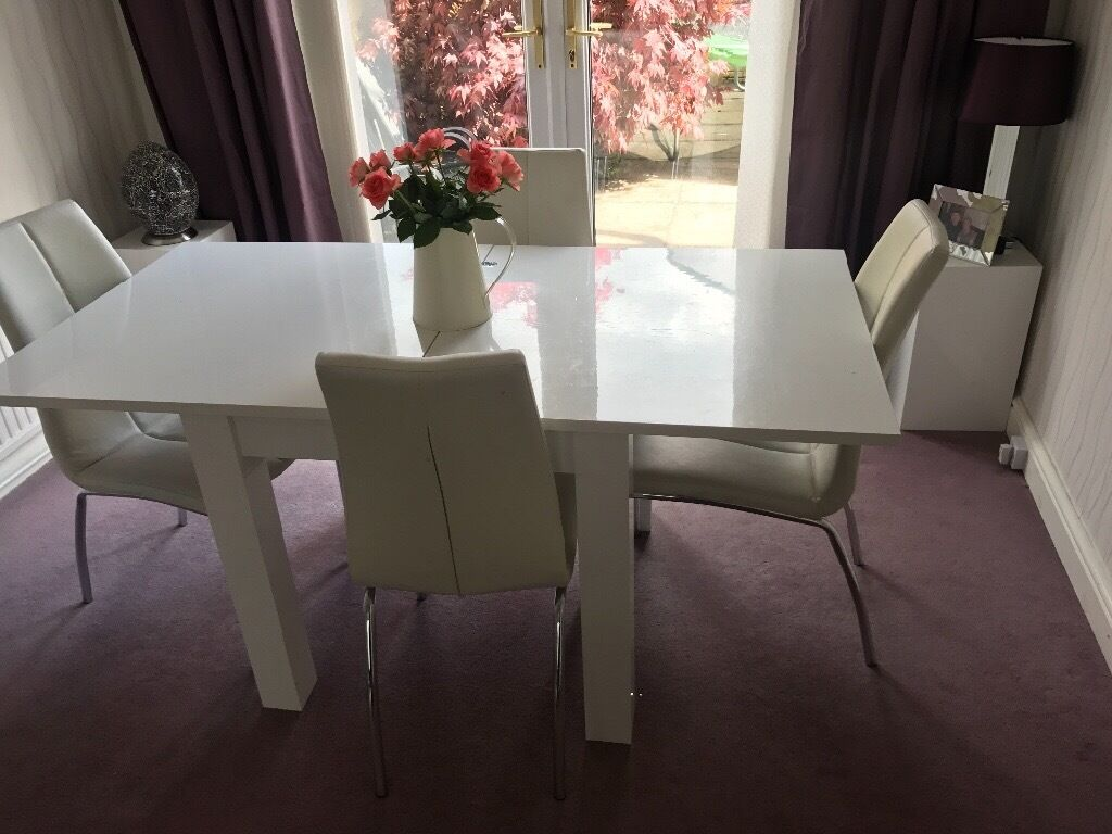 Next White Gloss Extendable Table And 4 White Leather Chairs Part 57