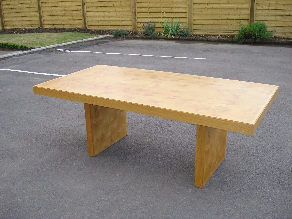 Stunning Heals Top Quality Burr Oak Dining Table And Soft Leather Chairs