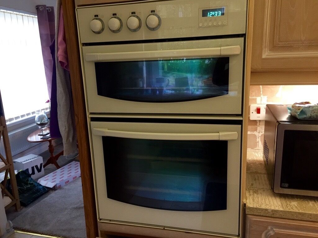 Built In Double Fan Oven Part - 22: Diplomat Select 920 Built In Cream Double Fan Oven/ Including Cream  Diplomat Gas Hob